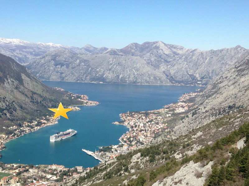 Land plot with building project in Kotor Bay