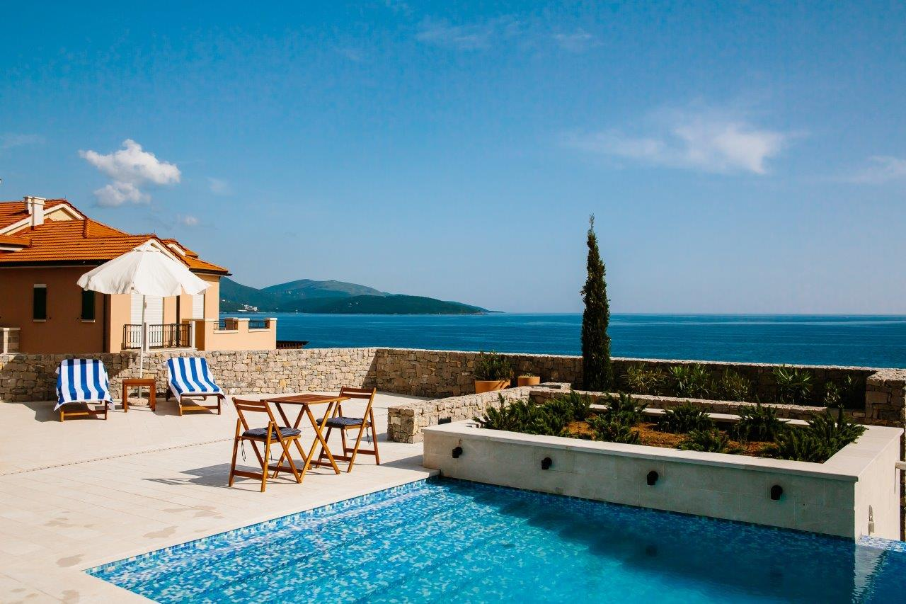 Three-bedroom apartment in Magnolia residence, Lustica Bay