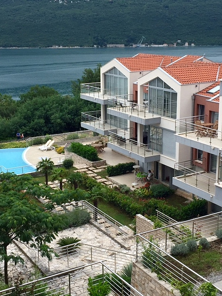 Waterscape apartment in residential compound in Kotor Bay