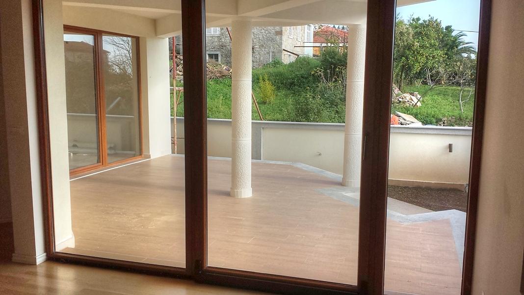 2 bedroom apartment in new building in Boka Kotorska