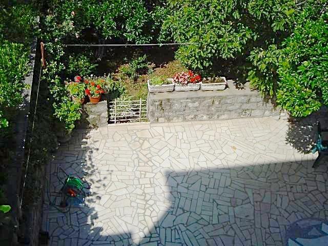 Old house in Dobrota on line 2