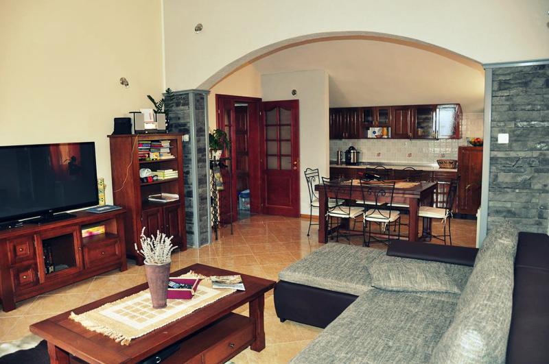 Villa with beautiful sea view in the centre of Herceg Novi