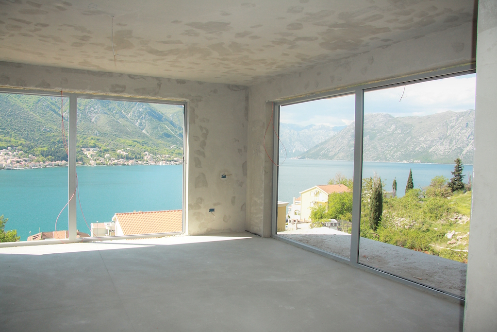 2 bedroom apartment with amazing view