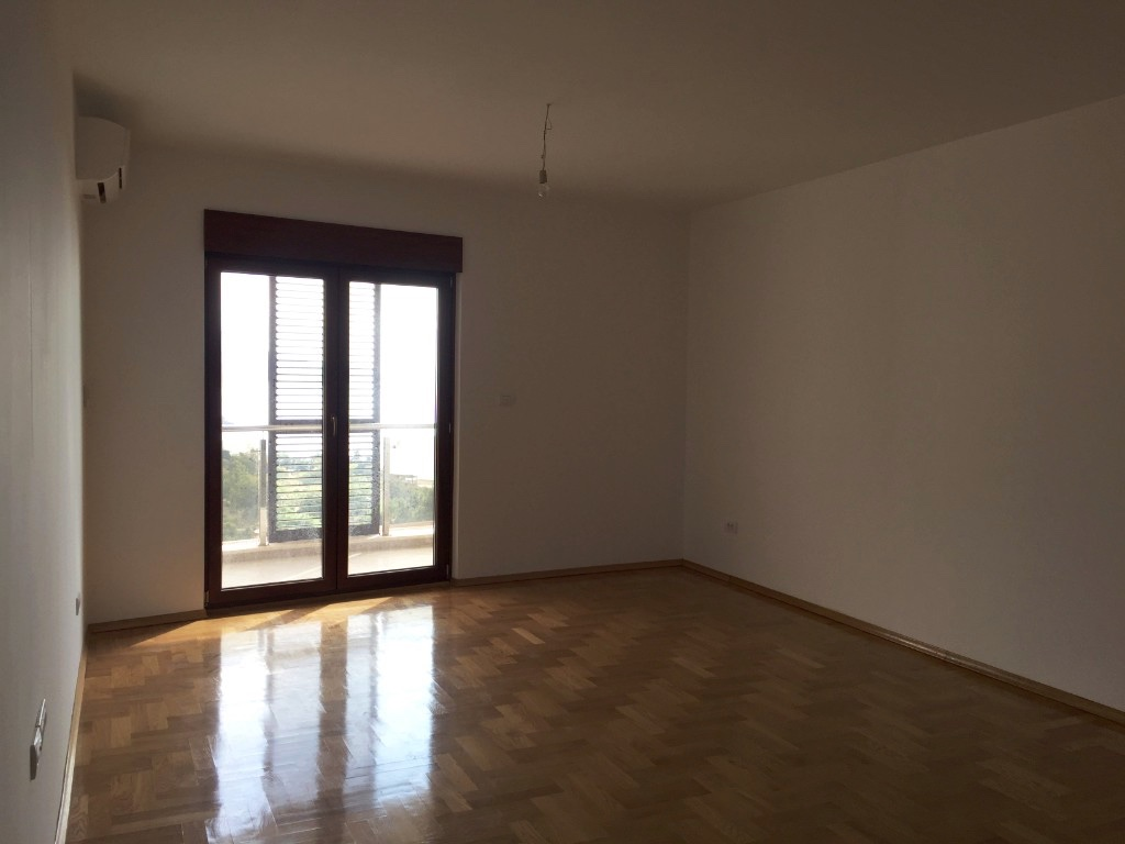 Studio in new residential building in Becici