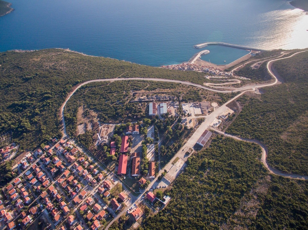 2 bedroom apartment in Lustica Bay: new district Centrale