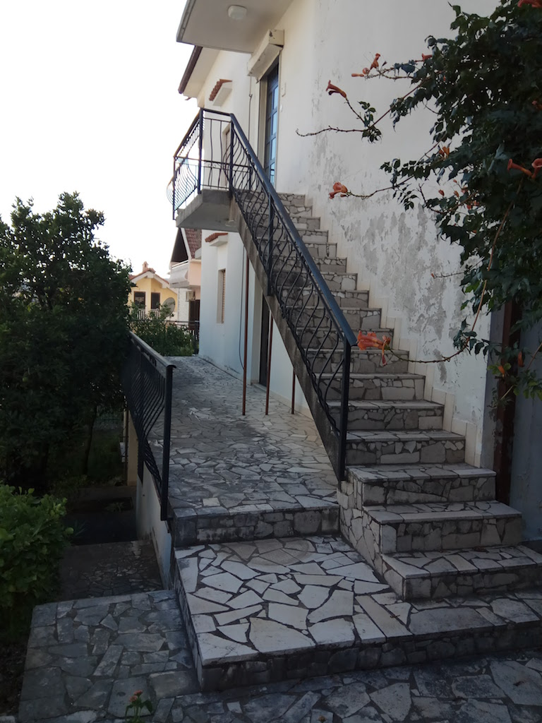 Townhouse in Tivat for reconstruction