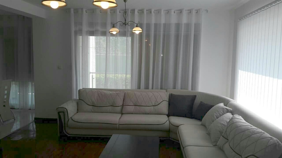 Spacious apartment in the waterfront building