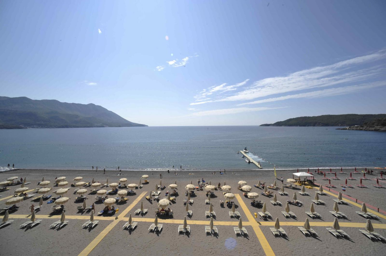 Apartment in Becici with panoramic sea view