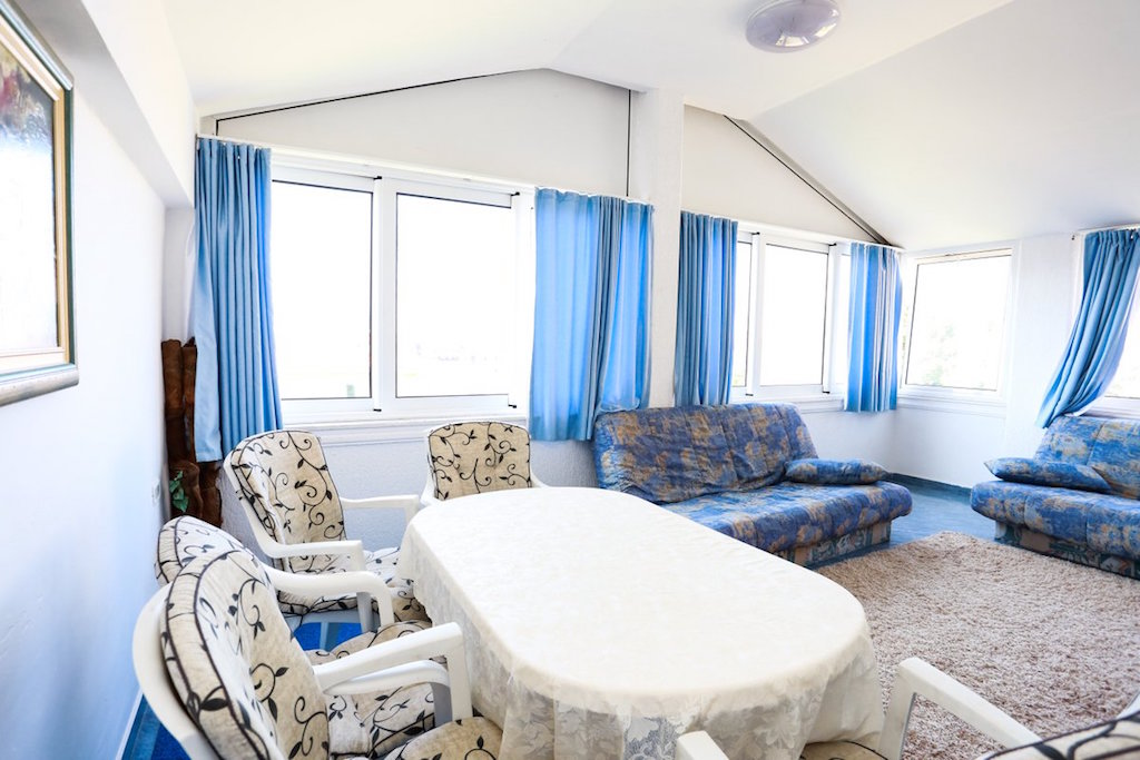 Hot offer! Apartment in Petrovac with the sea view