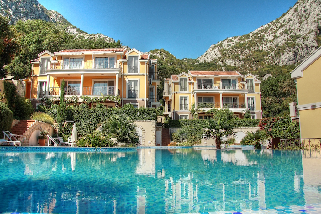Apartment with great sea view in the Bay of Kotor, Orahovac
