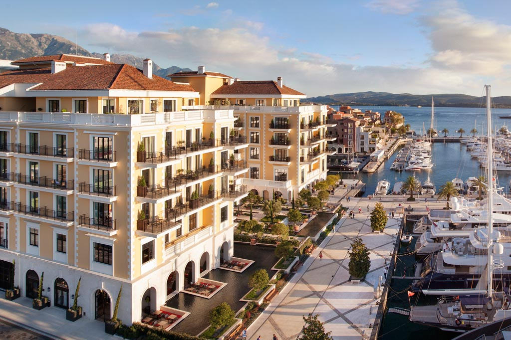 Apartment in the new residential building within 200 m from sea in Tivat