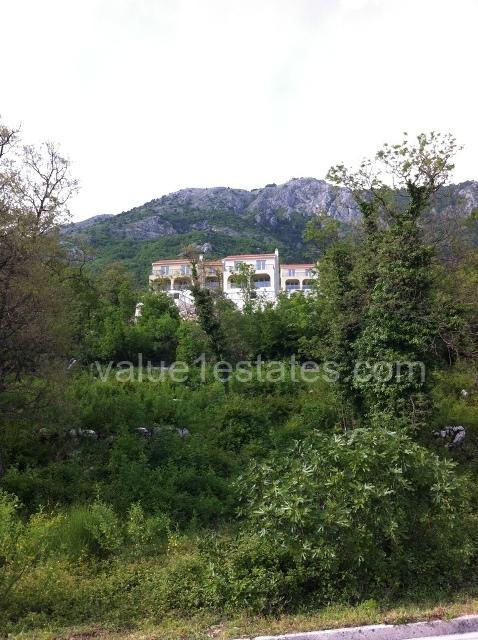 Exclusive villas over Budva