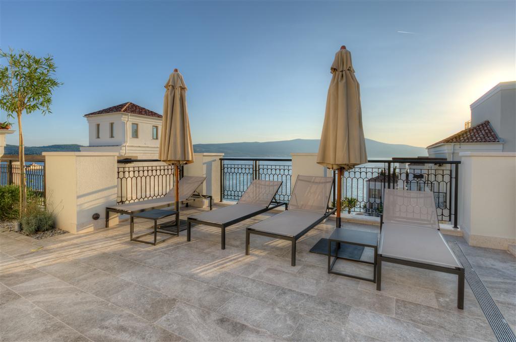 Apartment in Ksenija, Porto Montenegro