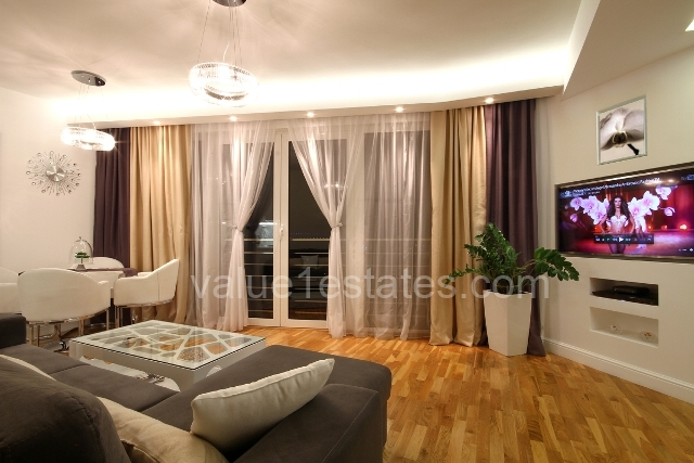 Waterscape apartment in the center of Budva