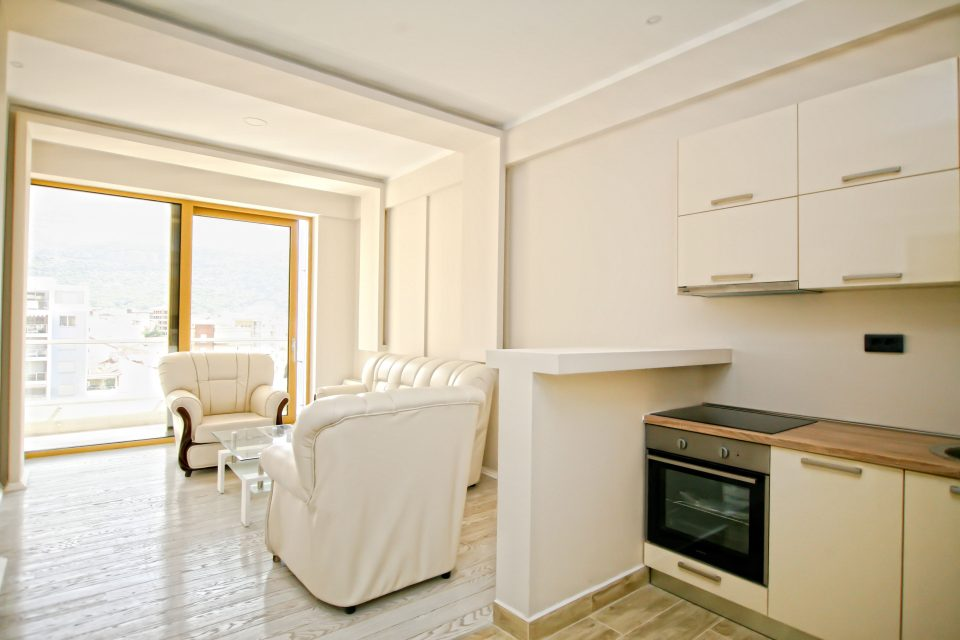 Waterscape apartment in new apart-hotel