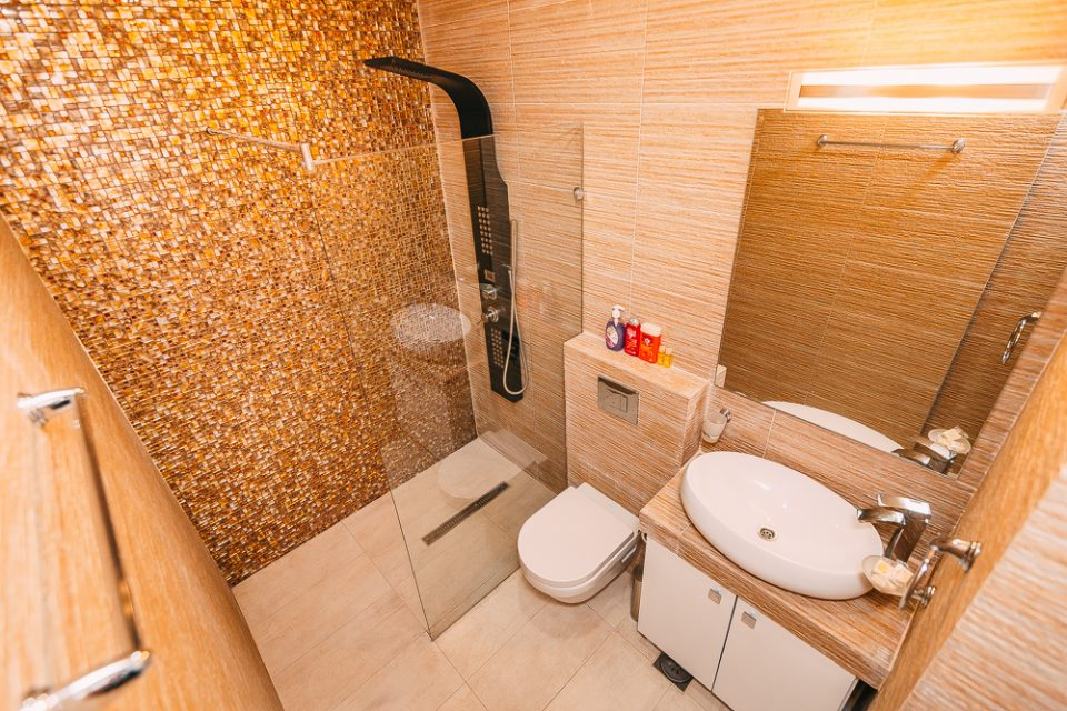 Waterscape apt in new apart-hotel in the center of Budva